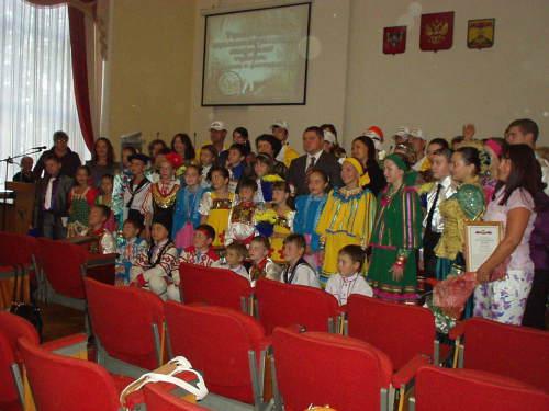 Победители соревнований, конкурсов и фестивалей получили награды от шахтинской администрации