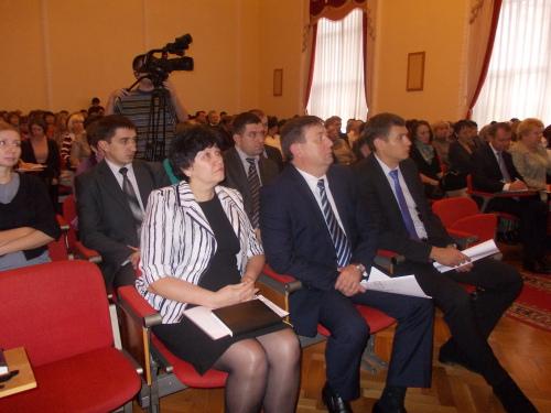 Мэр города Шахты подвел промежуточные итоги работы администрации за 2012 год