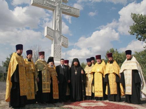 На въезде в город Шахты появился ещё один Поклонный крест