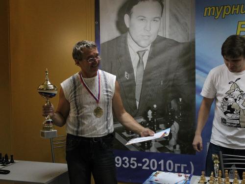 Президент Шахтинской федерации шахмат победил в областном турнире
