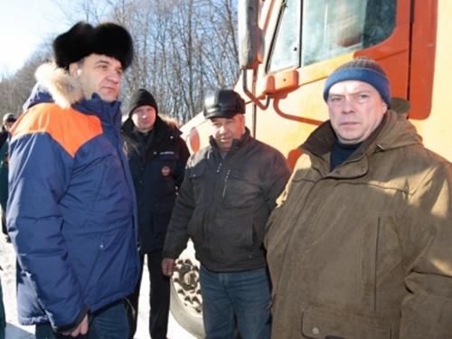 """Министр МЧС России приказал ликвидировать """"пробки"""" на дорогах к завтрашнему дню"""