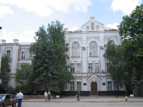 """Шахтинские студенты споют про """"День Победы"""""""