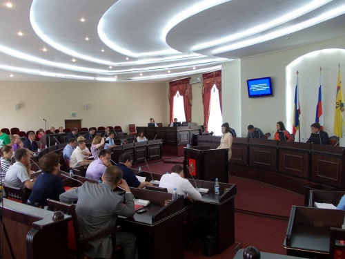 На 52-м заседании Шахтинская Дума поблагодарила департамент культуры