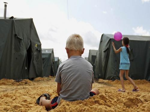 Ростовская область обеспечила кровом 50 тысяч беженцев, только за сутки в лагере под Донецком количество граждан Новороссии увеличилось в 2 раза