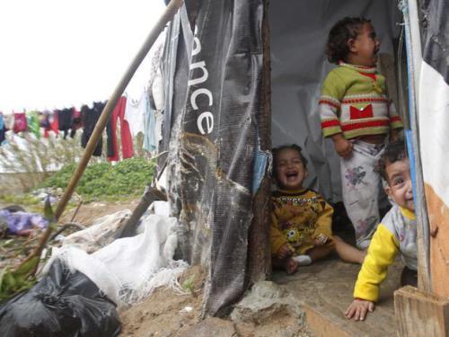 С 1 сентября на Дону свернут оставшиеся три палаточных лагеря для беженцев из Украины. Однако ежедневный приток жителей Новороссии исчисляется  сотнями человек
