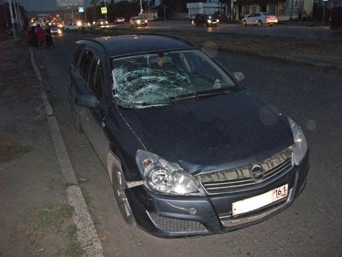 Под колёсами машины погибла женщина