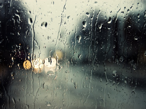 По данным МЧС – впереди бури и дожди