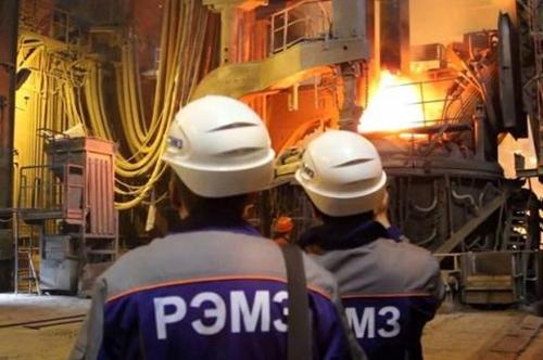 У крупнейшего металлургического завода Ростовской области похитили 10 миллиардов рублей