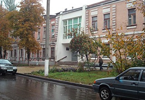 Губернатор дал денег на ремонт канализации по проспекту Пушкина