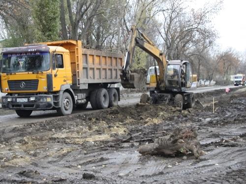 Проезд по проспекту Чернокозова открыт. Город расторгает контракт с подрядчиком
