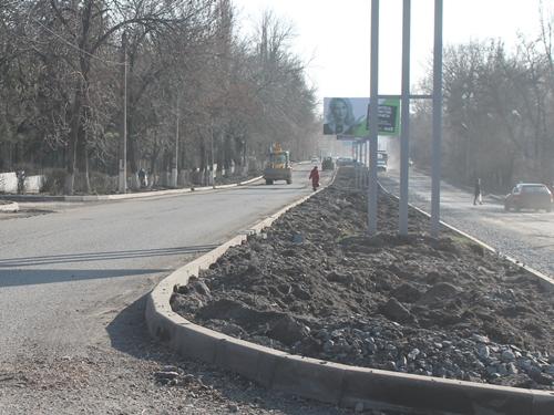 Проезд закрыт. Окончание ремонта дороги по проспекту Чернокозова вновь откладывается