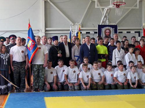 Областной чемпионат по казачьему рукопашному бою состоялся накануне Дня пограничника