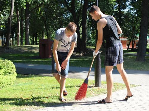 Летом подростки смогут подработать