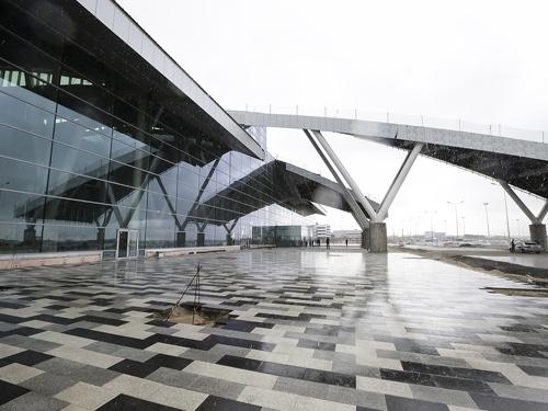 В новом аэропорту провели первые лётные проверки