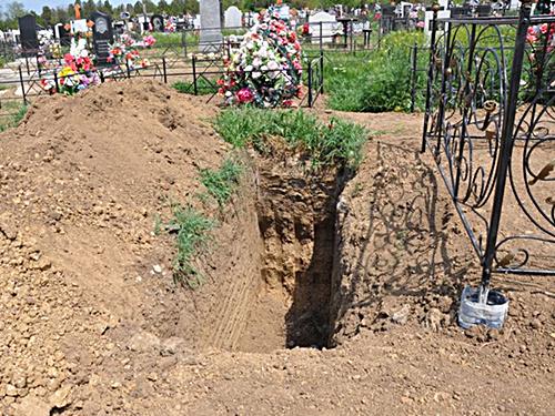В Шахтах арестовали похоронного мошенника. Пострадавших просят обращаться