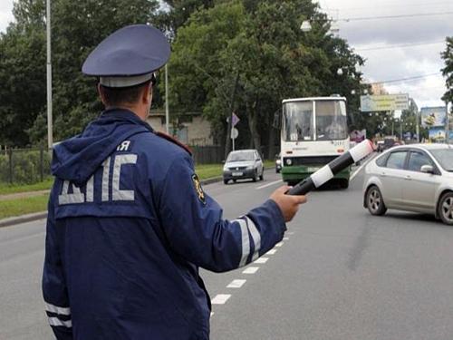 Сотрудники ГИБДД проверят состояние автобусов