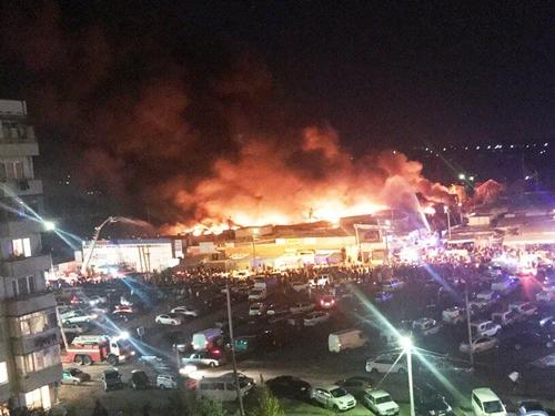 """После пожара на ростовском """"Темернике"""" начали проверку рынков и ярмарок в Новочеркасске. А в Шахтах?"""