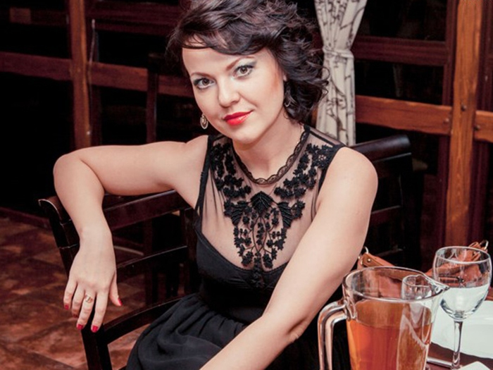 Убили шахтинскую актрису Оксану Половину