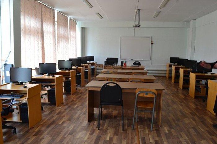 Госдума приняла решение по школьным каникулам в России