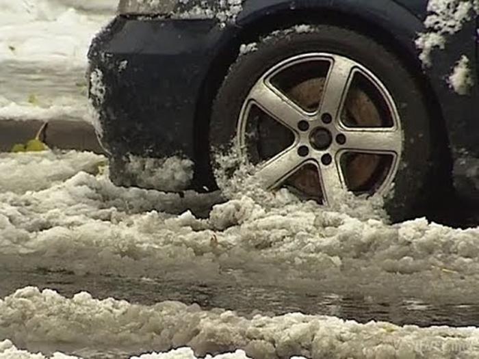 За нечищенные от снега дороги взялась прокуратура