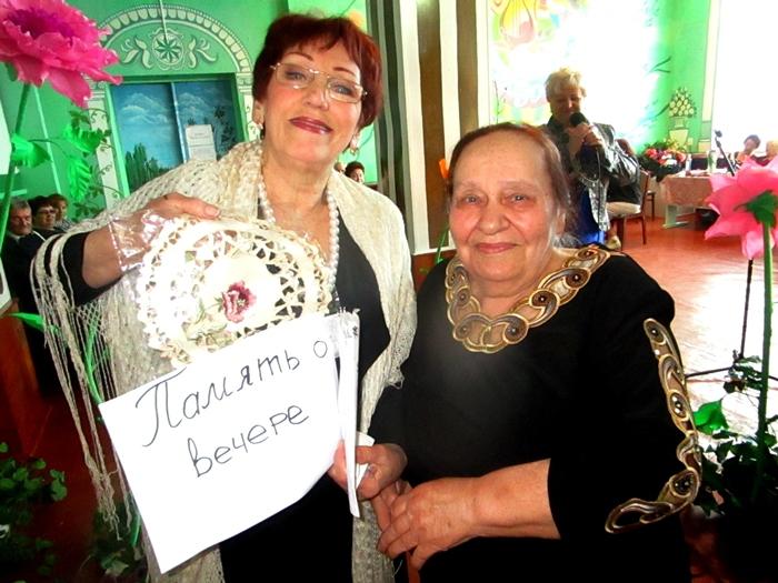 Таловские женщины встретили весну