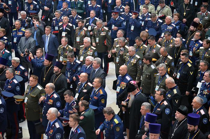 Шахтинцы приняли участие в Большом круге российского казачества