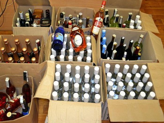 В Шахтах будут судить предпринимателя за контрафактный алкоголь