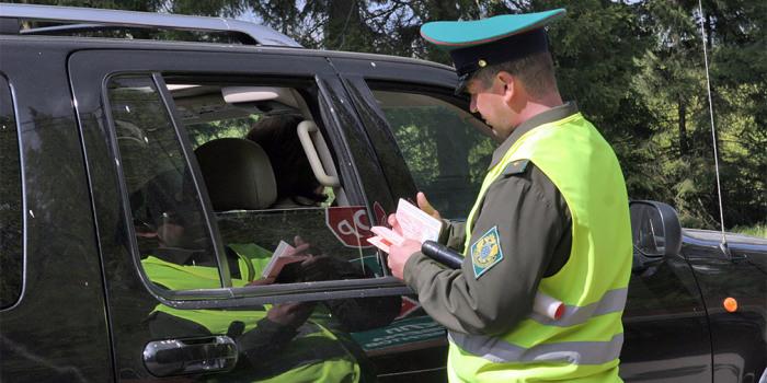 В России введут штрафы за отказ остановиться по требованию таможенников