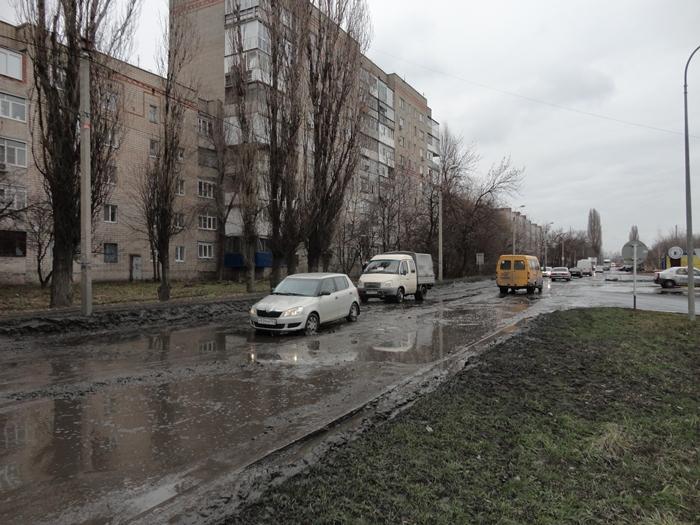 На дороге по Хабарова хотят в процессе ремонта обеспечить водосток