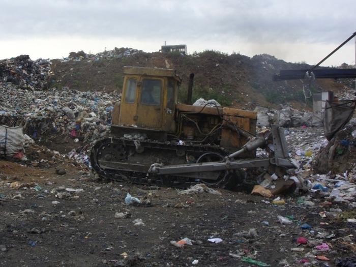 Шахтинскую свалку пополняют новочеркасским мусором?