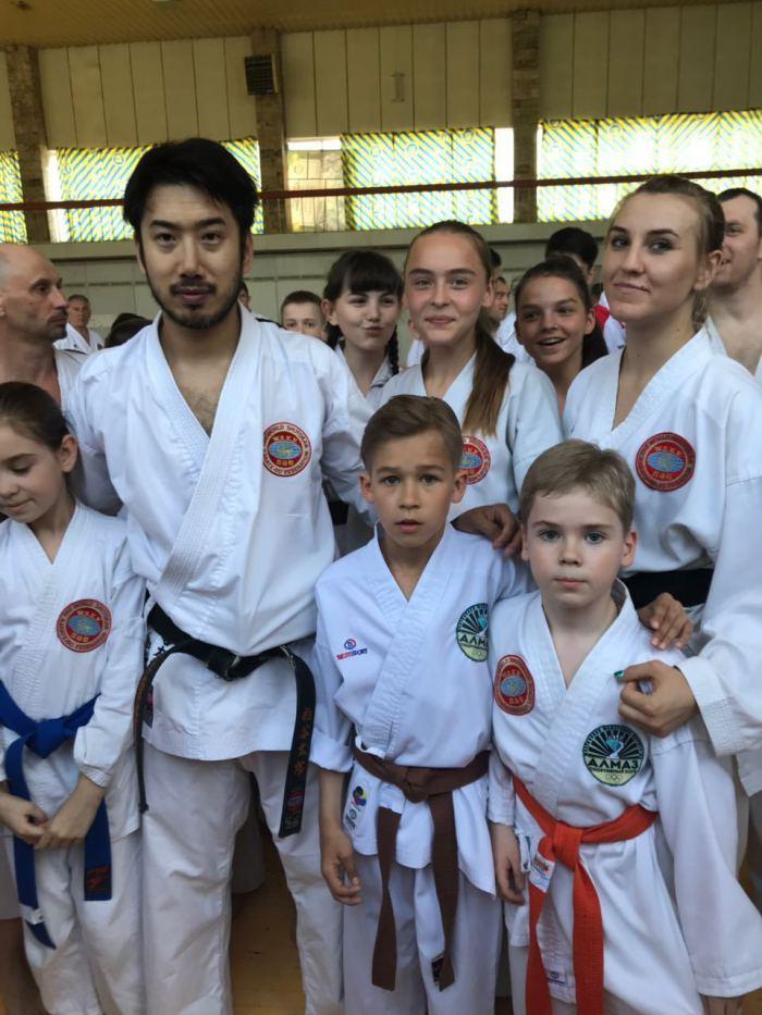 Каратисты клуба Алмаз приняли участие в семинаре по каратэ.