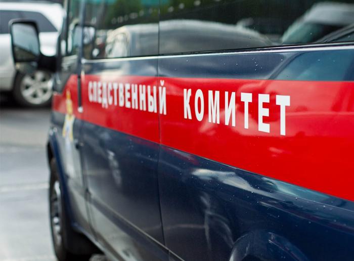 По дороге на работу жители Артема обнаружили труп