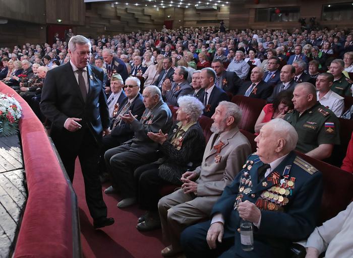 Ветераны приняли участие в областных торжествах по случаю Дня Победы