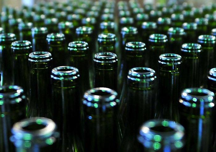 Сообщения о нелегальной торговле спиртным
