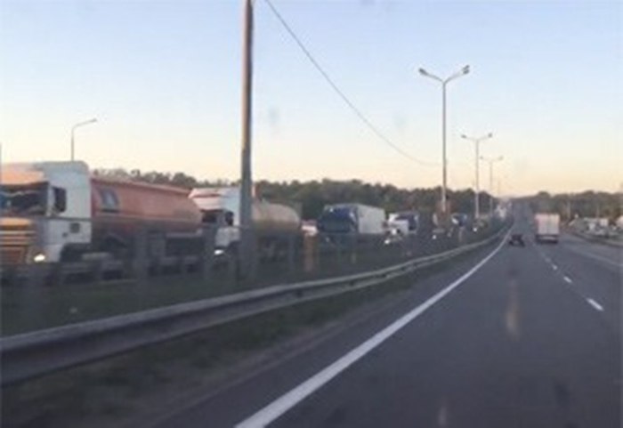 "Донские власти предложили ""Автодору"" сократить пробки на М-4"