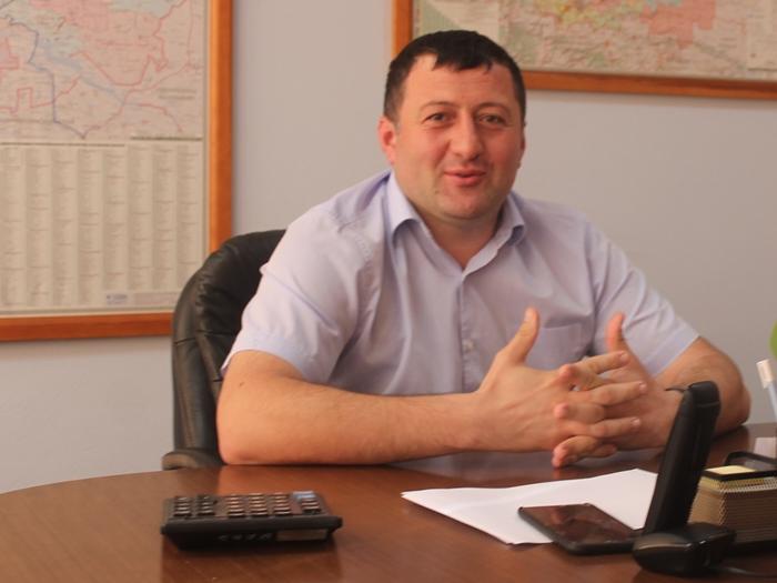 Ромэн Даллари обещал не бросать посёлок Фрунзе