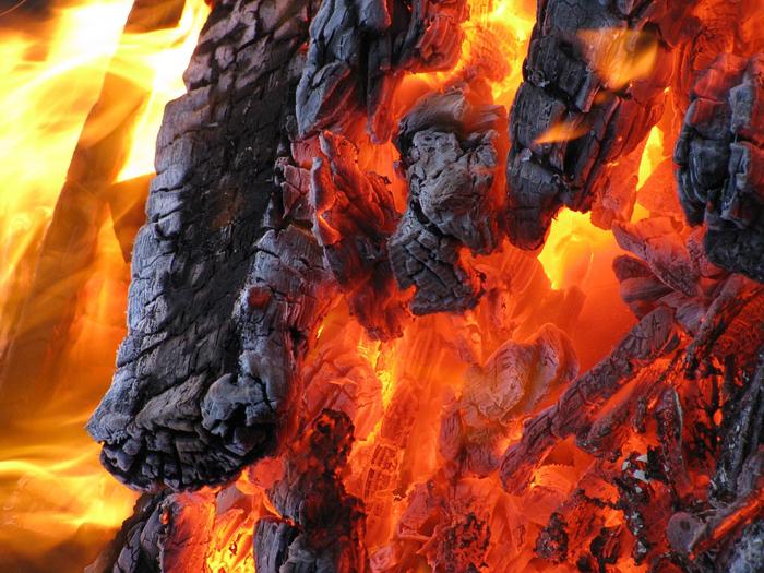 На Дону продлен пожароопасный режим