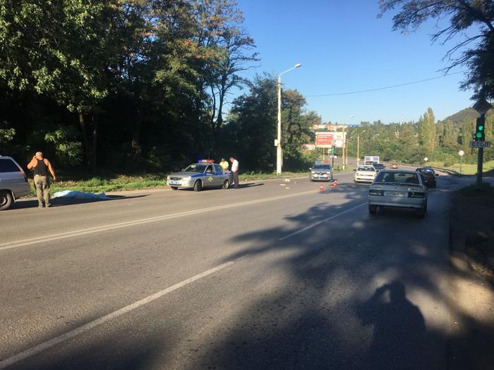 """Смертельное ДТП произошло на автодороге """"Центр-Артем"""""""