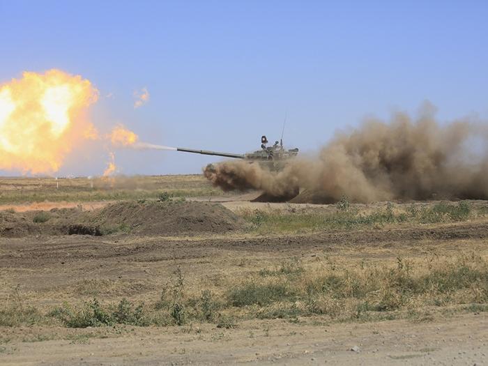 На полигоне Кадамовском всем желающим покажут боевые возможности современного оружия и военной техники