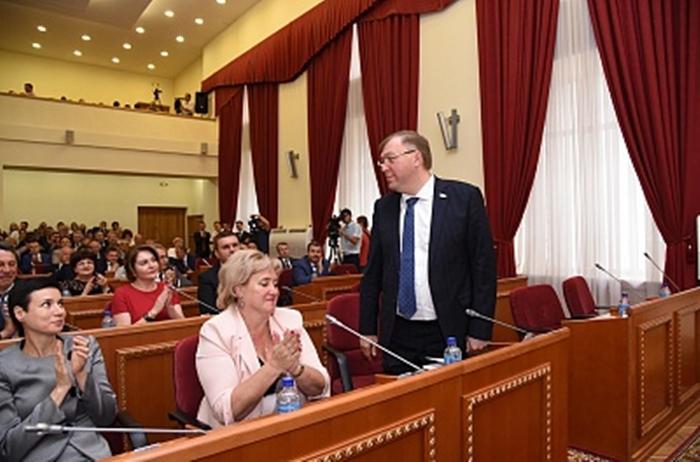 Председателем Законодательного собрания Ростовской области вновь избран Александр Ищенко