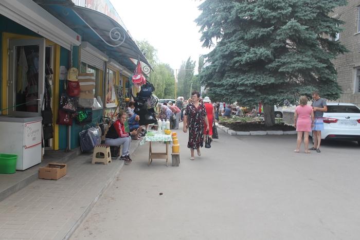 """Андрей Ковалёв намерен всерьёз заняться ларьками, несанкционированной торговлей и пивными """"точками"""""""