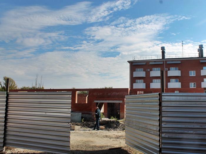 """Два дома для шахтинских обманутых дольщиков включены в областную """"дорожную карту"""""""