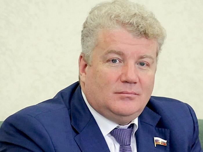 Максим Щаблыкин предложил ускорить переселение из ветхого жилья по линии ГУРШ