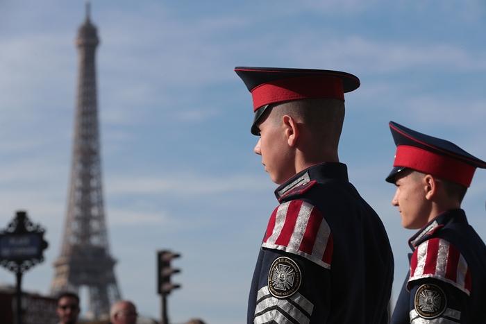 Шахтинские кадеты отправились в Париж