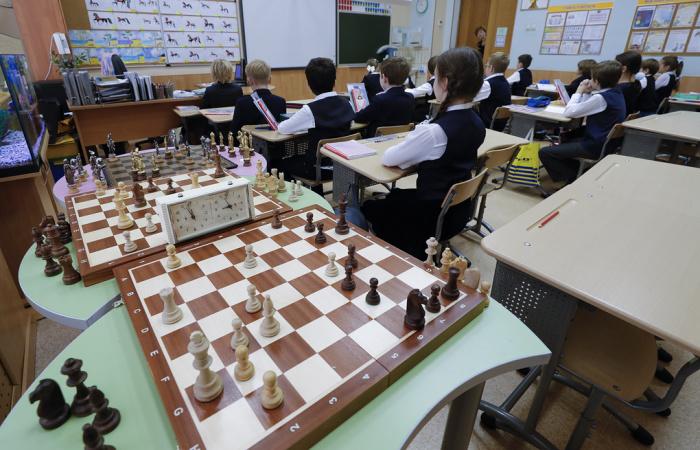 Шахматы будут обязательным предметом в школах
