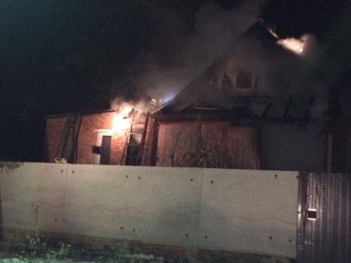 В сгоревшем доме обнаружены погибшие