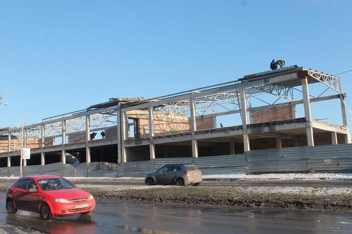 """Реконструкция стадиона """"Шахтёр"""" - лёд тронулся?"""