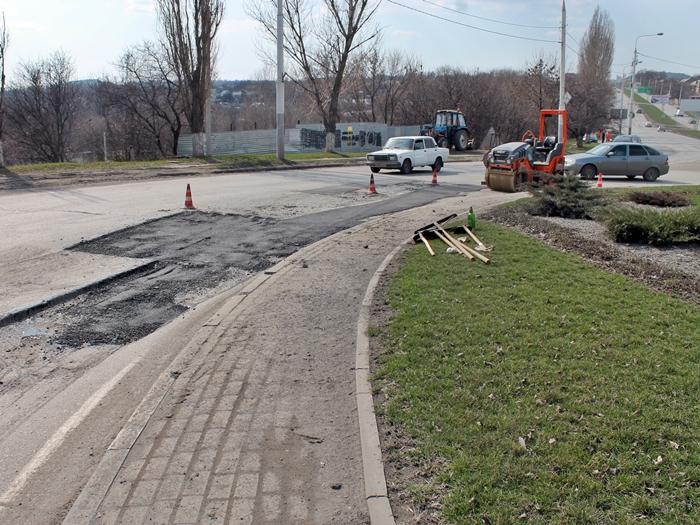 В Шахтах собираются капитально ремонтировать улицу Маяковского