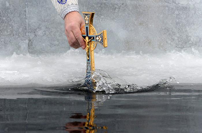 В ночь на 19 января православные отметят Крещение