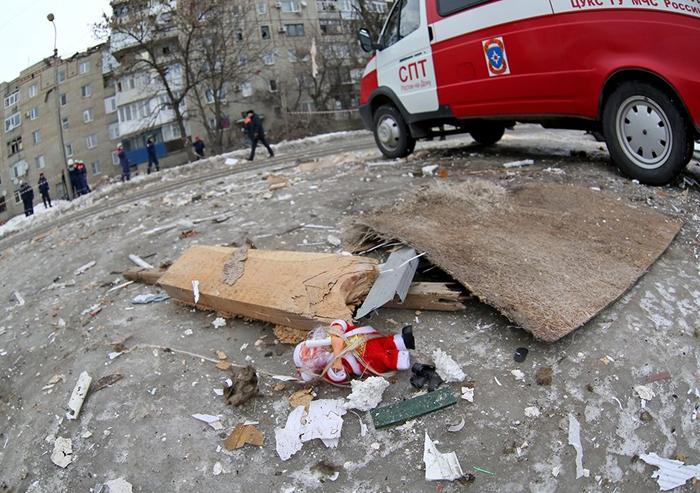 Названа причина взрыва в многоэтажке на Хабарова